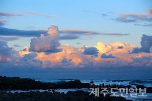 [제주날씨] 26일 구름 많음